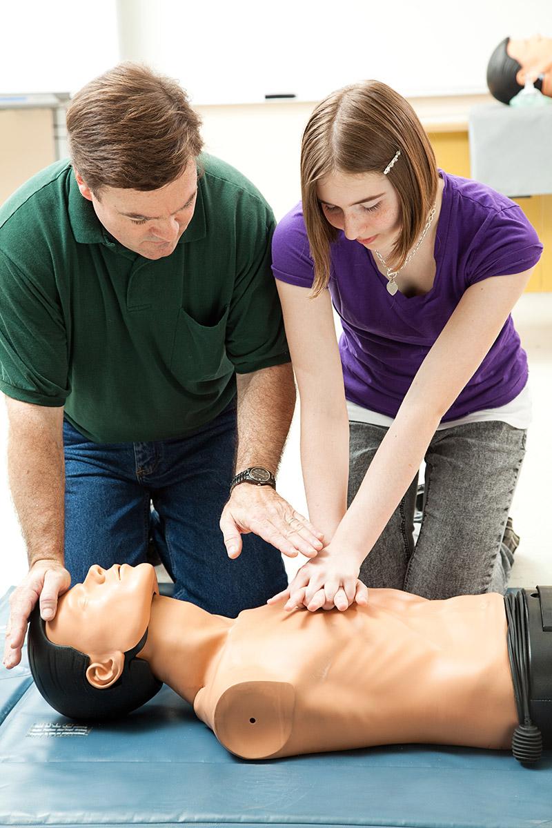 První pomoc: resuscitace, masáž srdce