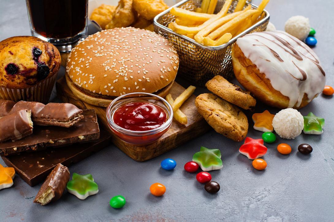 Silný vývar a tučné jídlo