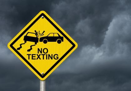 Kolik času je potřeba na přečtení SMS a krátkou odpověď?