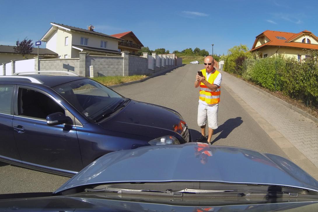 Zajistěte fotodokumentaci dopravní situace
