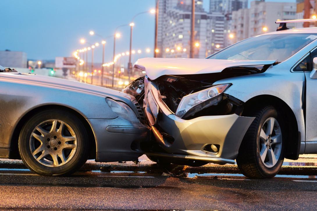 Nehoda automobilů