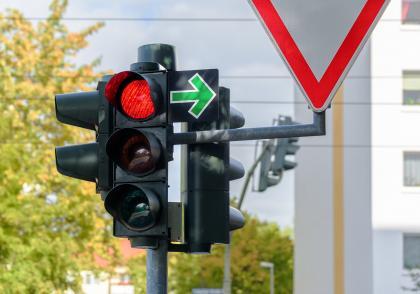 Odbočování doprava na červenou