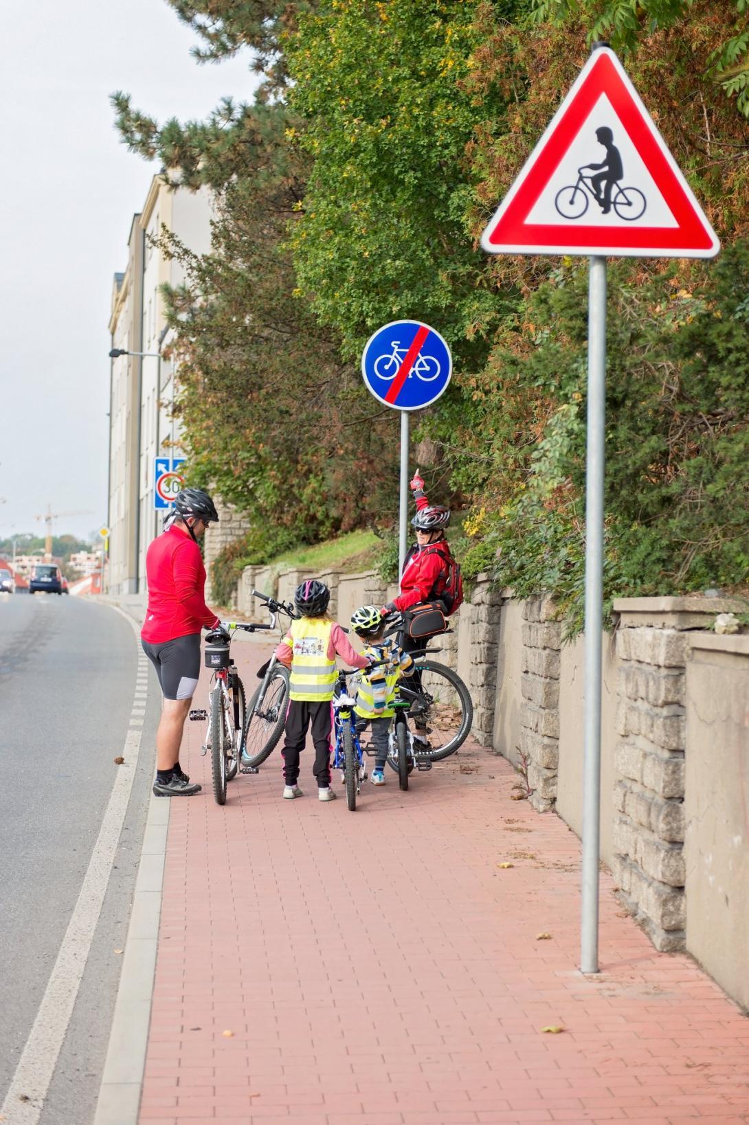 Cyklovýlet - konec stezky pro cyklisty