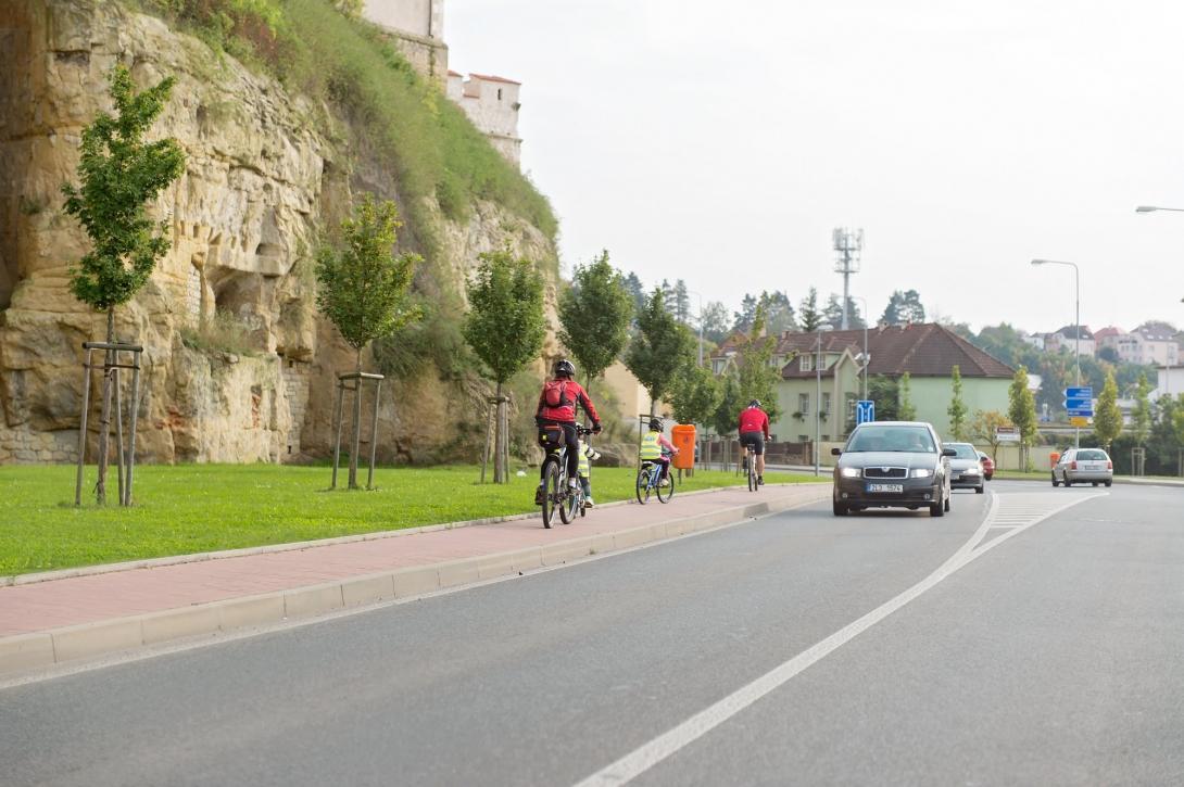 Cyklovýlet - stezka pro chodce a cyklisty