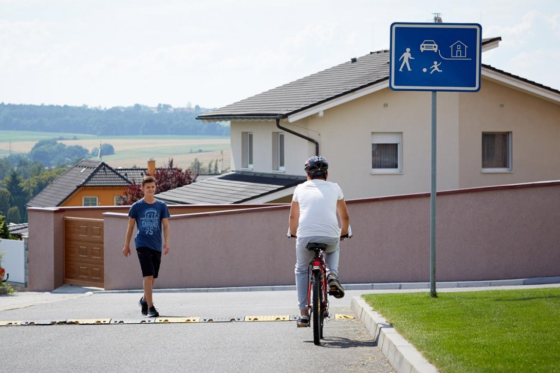 Cyklisté v obytné zóně