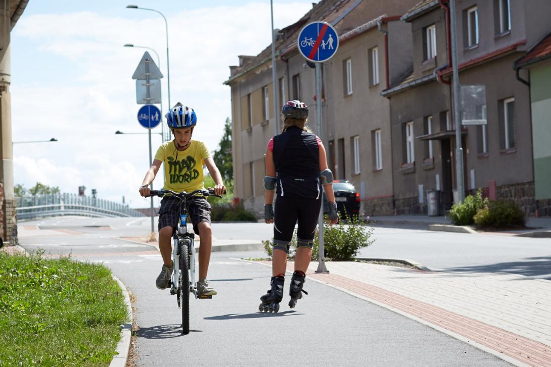 Jak se jezdí po stezce pro cyklisty