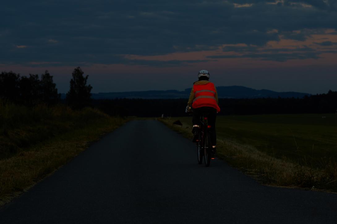 Správně: Viditelnost cyklisty zezadu
