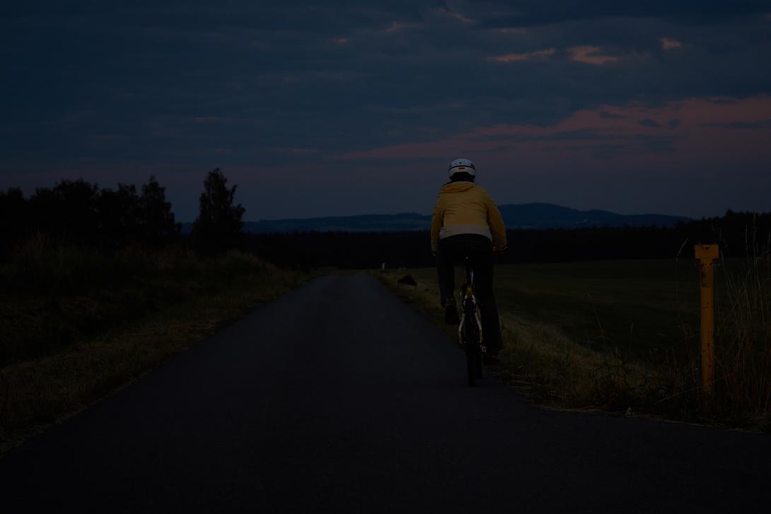 Špatně: Viditelnost cyklisty zezadu