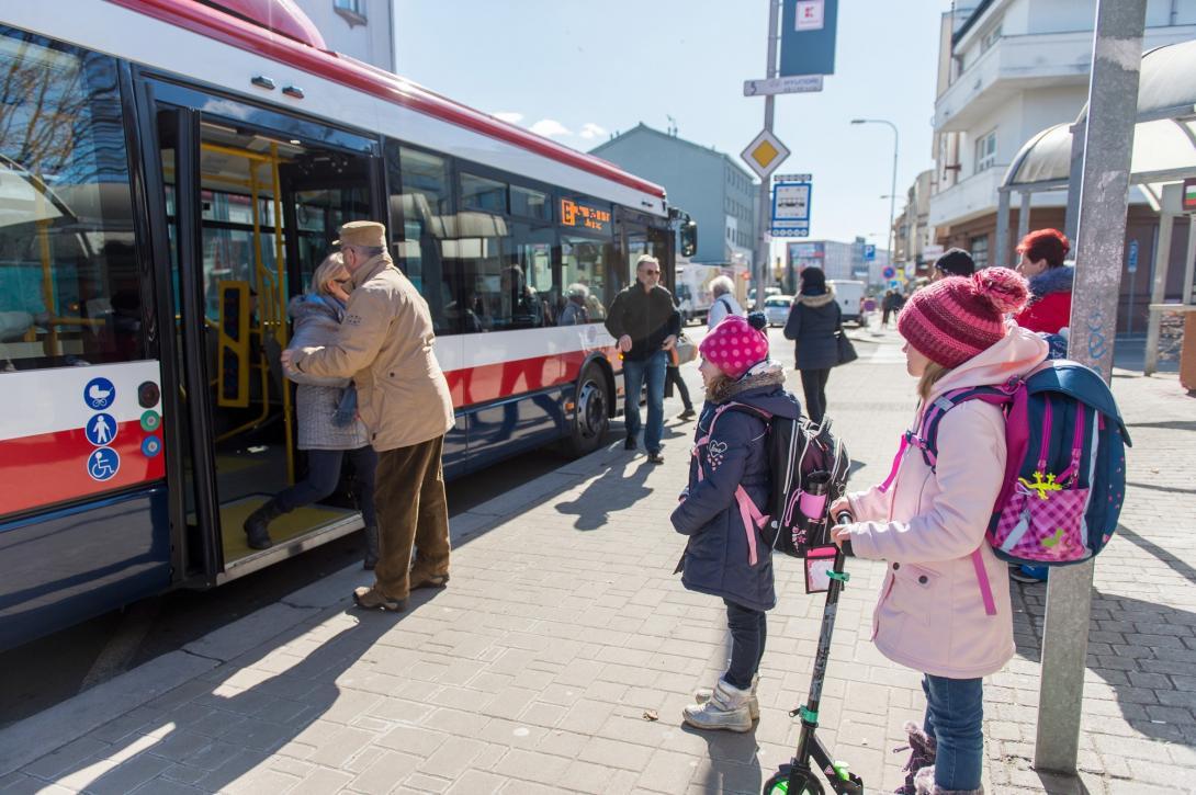 Vystupování z autobusu
