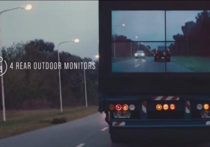 Průhledná auta pomáhají bezpečnějšímu předjíždění