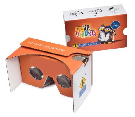 Cardboard VR cyklista -