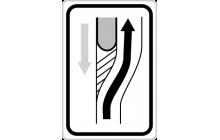 Návěst změny směru jízdy před překážkou