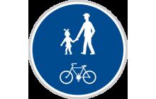 Stezka pro chodce a cyklisty společná